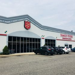 the salvation army family store donation center 17 reviews thrift stores 2458 lafayette. Black Bedroom Furniture Sets. Home Design Ideas