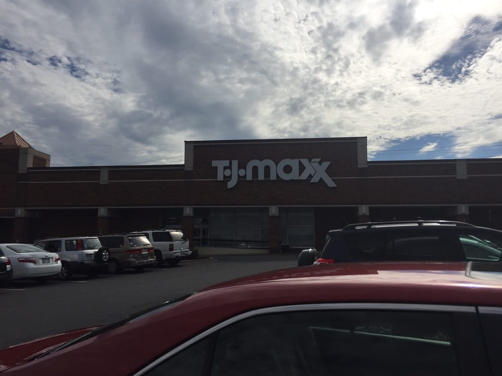 T j maxx 23 anmeldelser storcentre 4726 s blvd for Starmount motors south blvd