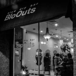 Bloouts blow dry bar 67 foto e 32 recensioni for 2 blowout salon highland park
