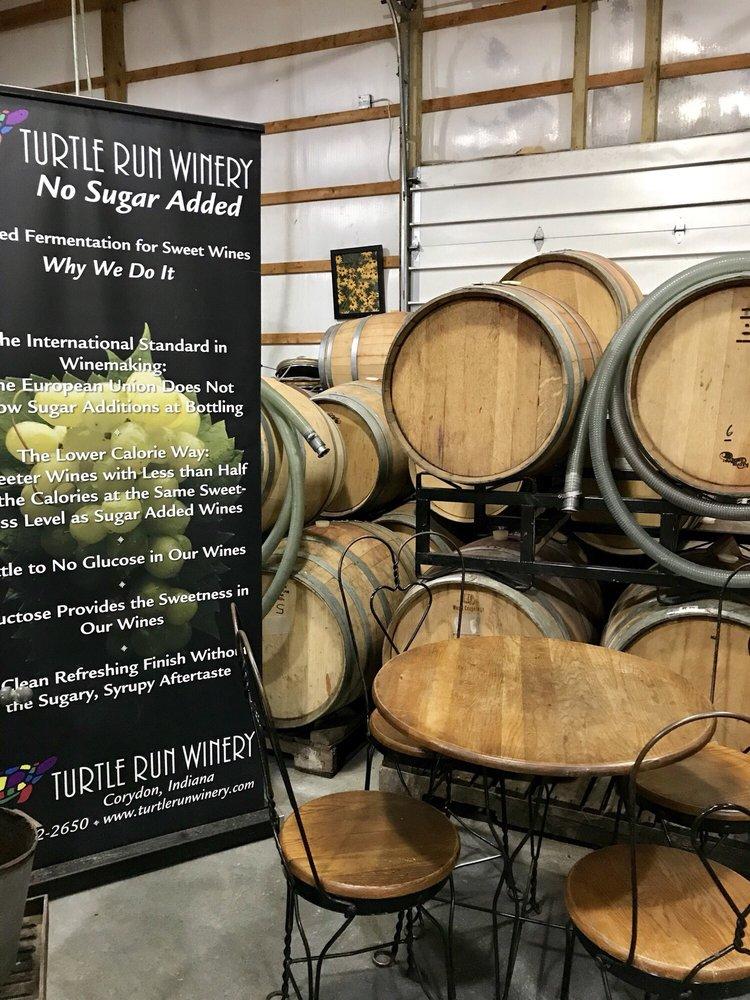 Turtle Run Winery: 940 Saint Peters Church Rd NE, Corydon, IN