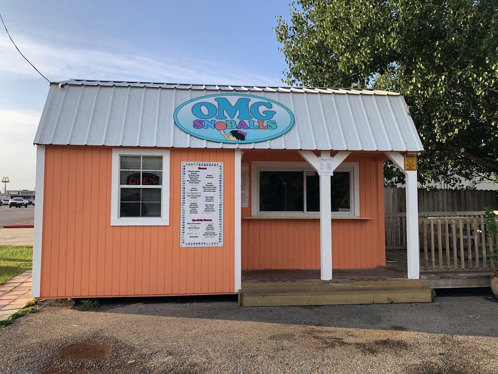 OMG Snoballs: 910 Popps Ferry Rd, Biloxi, MS