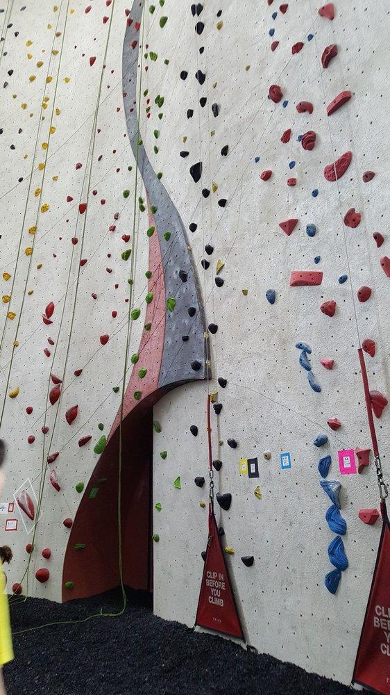 Vertical Endeavors-Bloomington: 9601 James Ave S, Bloomington, MN