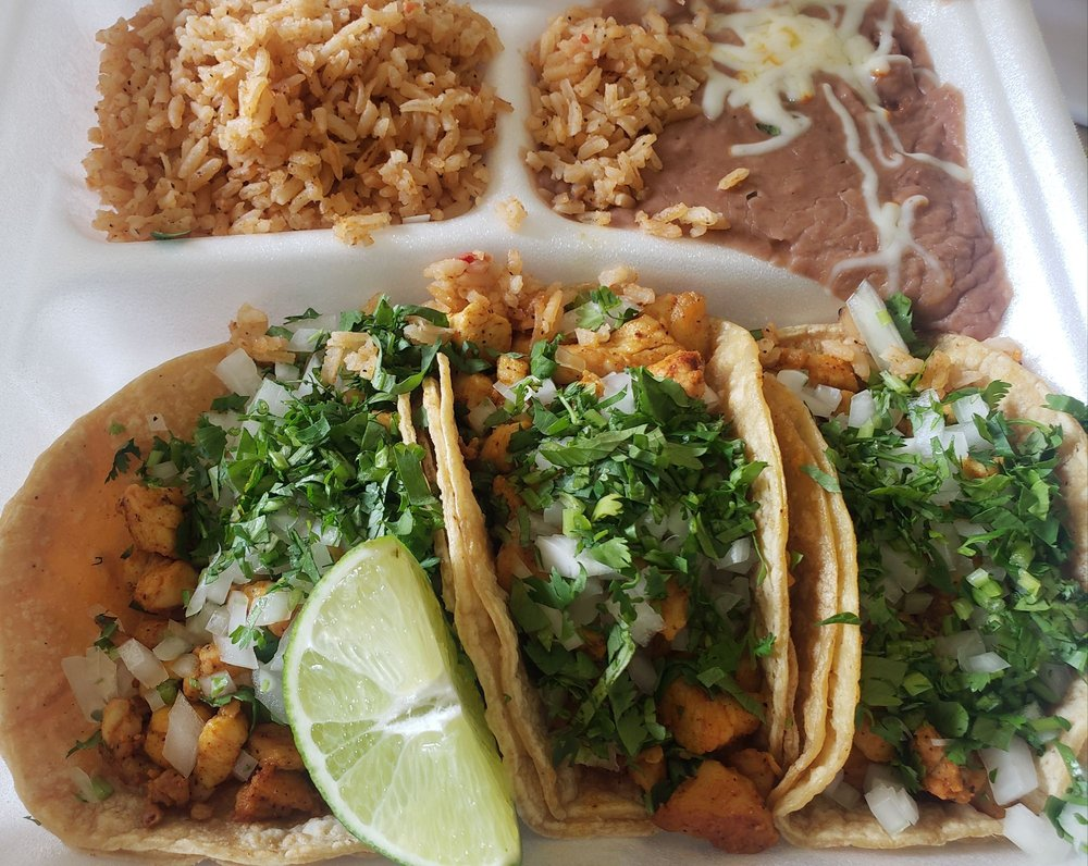 Food from El Agave Mexican Restaurant