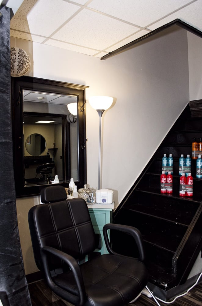 The Hair Studio: 733 Locust St, Indiana, PA