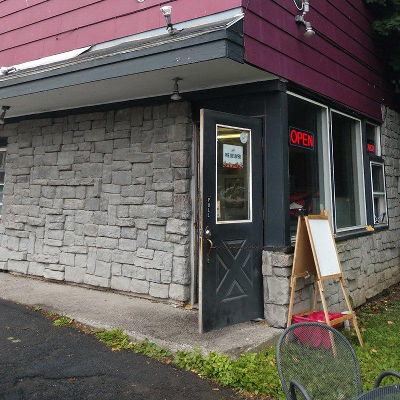 Bella Mae's: 4339 NY-150, West Sand Lake, NY