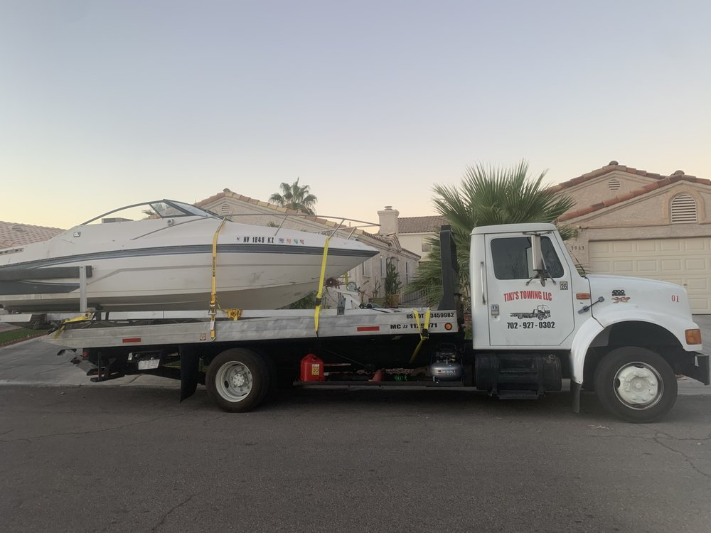 Towing business in Whitney, NV
