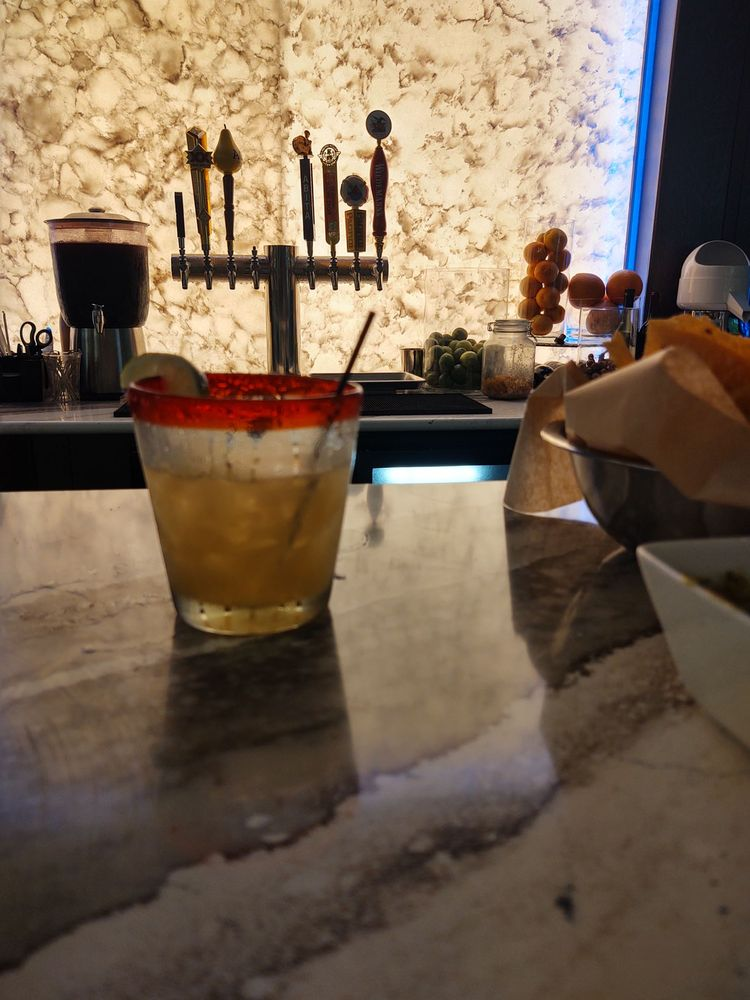 The Flying Pepper Cantina: 137 W Columbus Ave, Bellefontaine, OH
