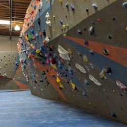 Santa clarita climbing gym