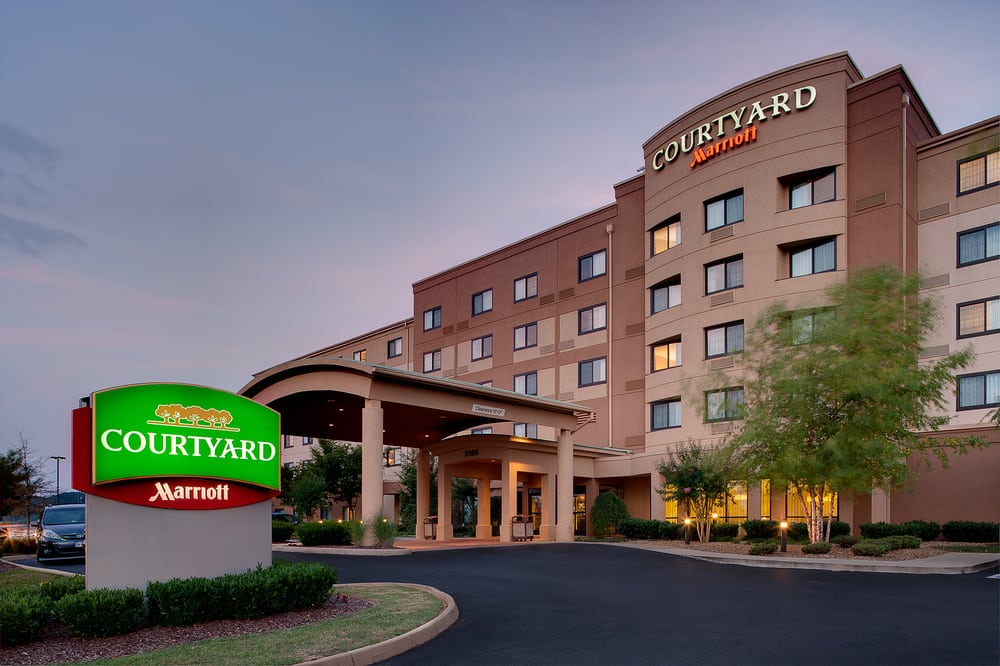 Courtyard By Marriott Bristol 55 Photos 31 Reviews Hotels 3169 Linden Dr Va Phone Number Yelp
