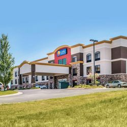 Photo Of Comfort Inn Suites Sheridan Wy United States