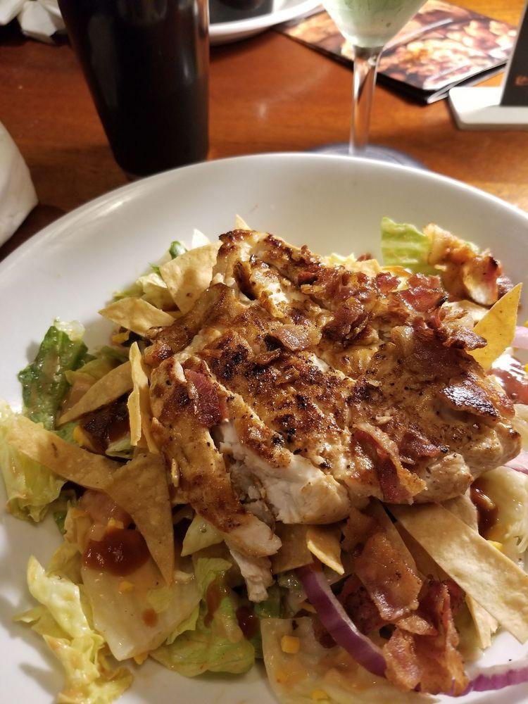 Longhorn Steakhouse: Centro Comercial Wal- Mart, Caguas, PR