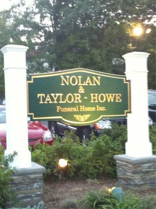 Nolan & Taylor-Howe Funeral Home Inc: 5 Laurel Ave, Northport, NY