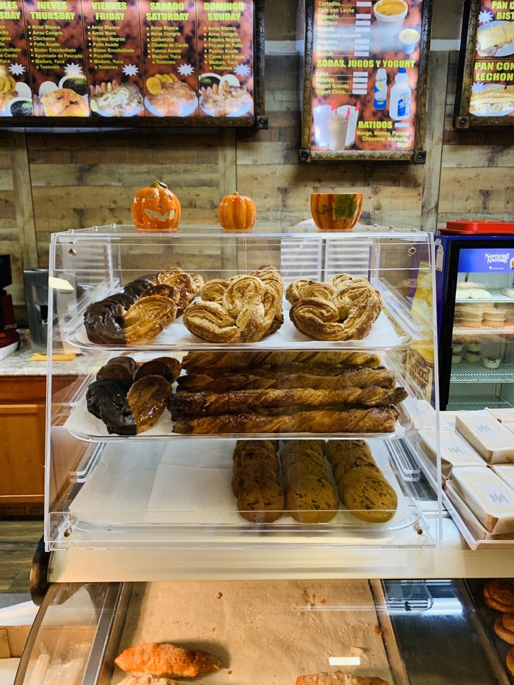 Pipo's Cuban Bakery: 402 Joan Ave N, Lehigh Acres, FL