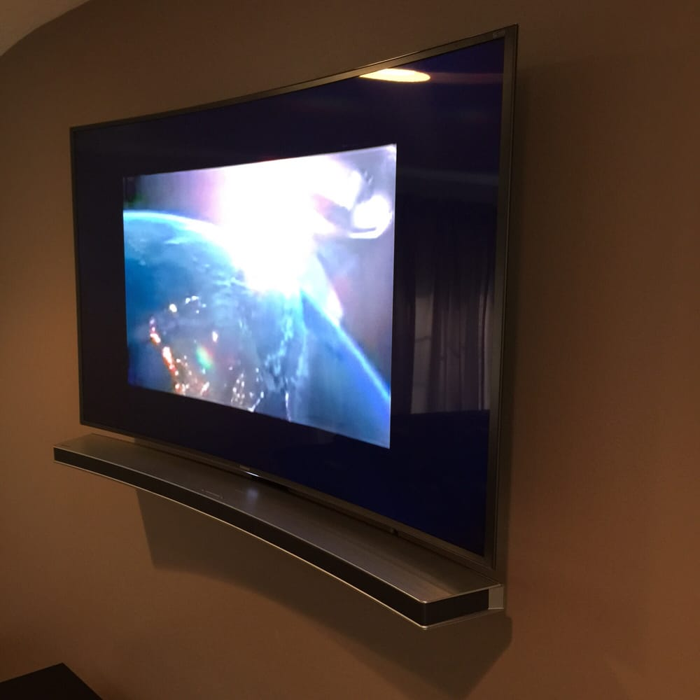65 samsung curved tv on a tilt mount hidden wires and for Best 65 tv wall mount