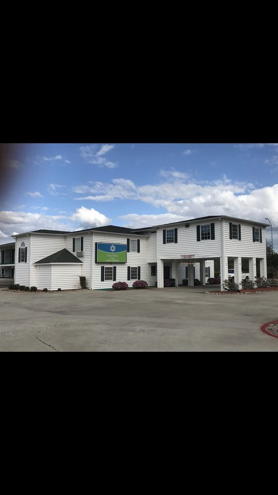 SureStay Hotel by Best Western Manning: 2816 Paxville Hwy, Manning, SC