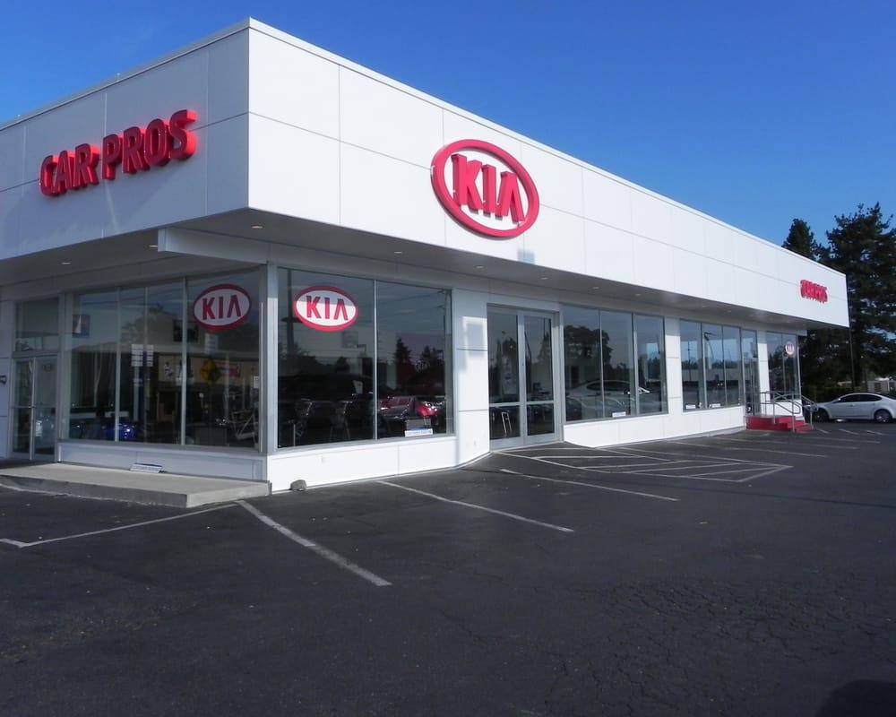 car pros kia tacoma 69 photos 103 reviews car dealers 7230 south tacoma way tacoma wa. Black Bedroom Furniture Sets. Home Design Ideas