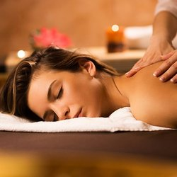 Amateur milf massage