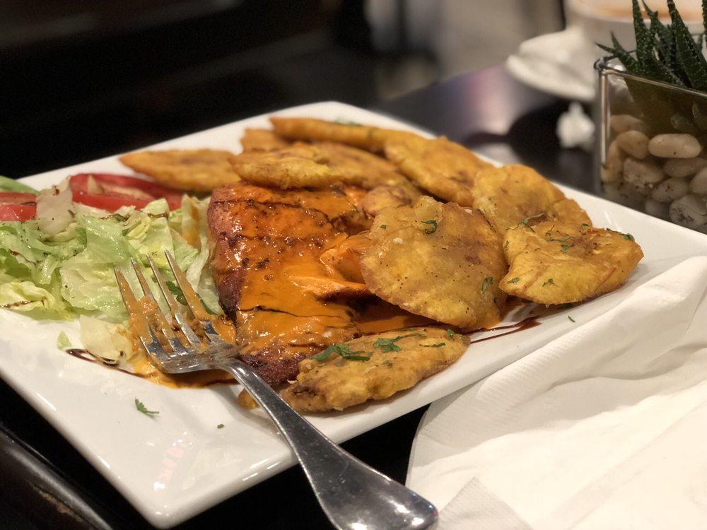 La Casona Café Restaurant