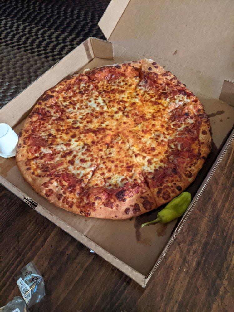 Maddy's Pizza Palace: 4398 Ky Rte 550, Hueysville, KY