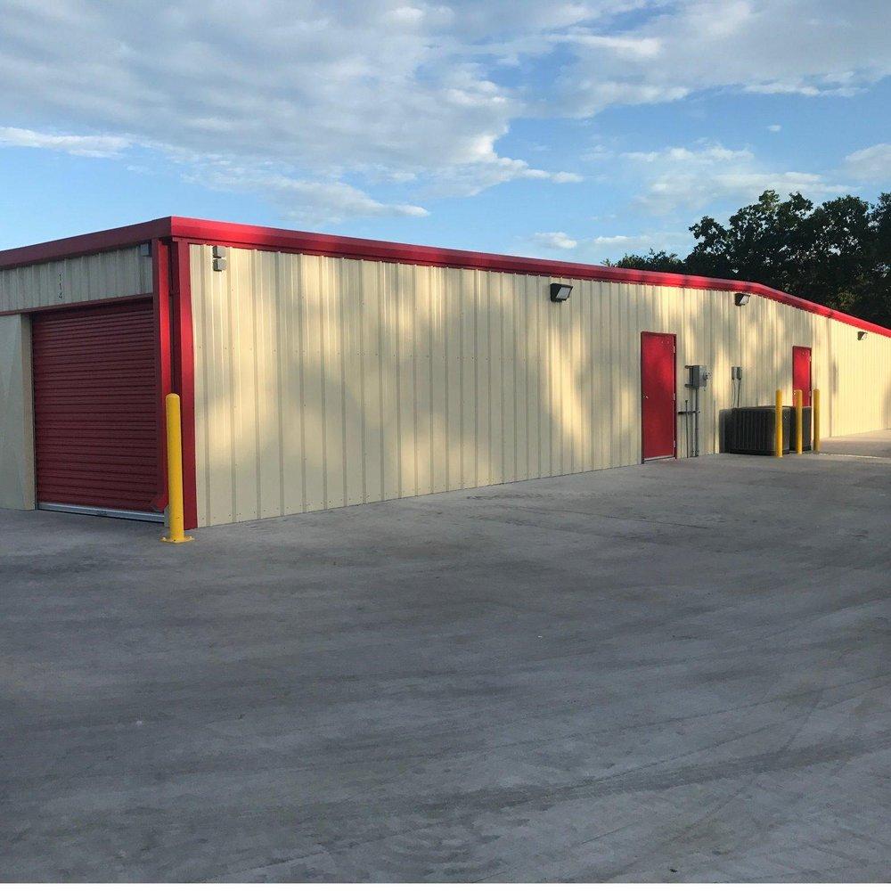 W3 Services Self Storage: 1017 N Ellis, Groesbeck, TX