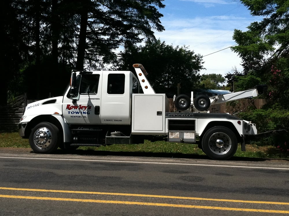 Towing business in Newport, OR