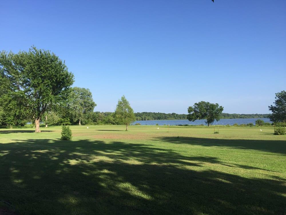 Grand Country Lakeside RV Park: 55015 E 270th Rd, Afton, OK