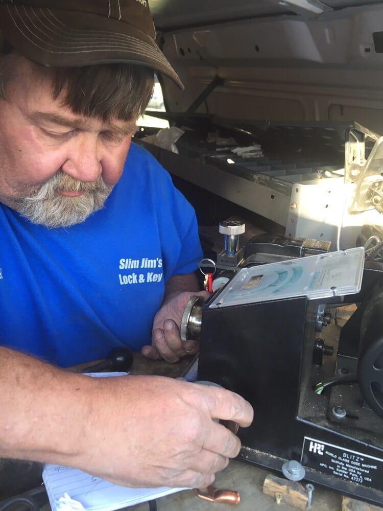 Photos for slim jims lock key yelp for Slim jim air conditioner