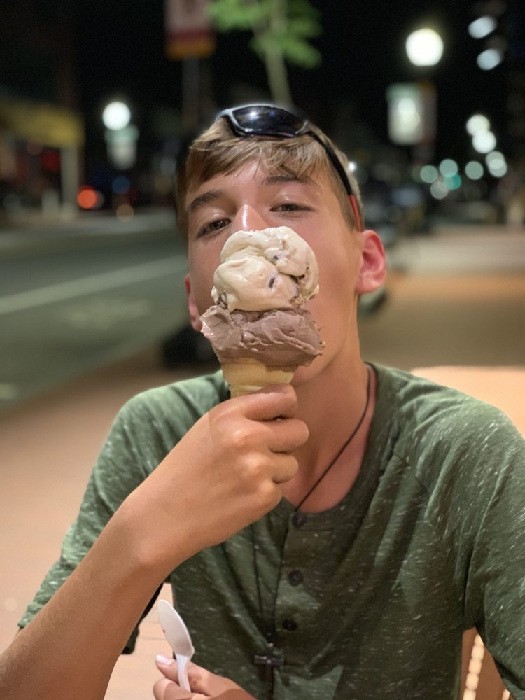 Lizzy's Homemade Ice Cream: 367 Moody St, Waltham, MA