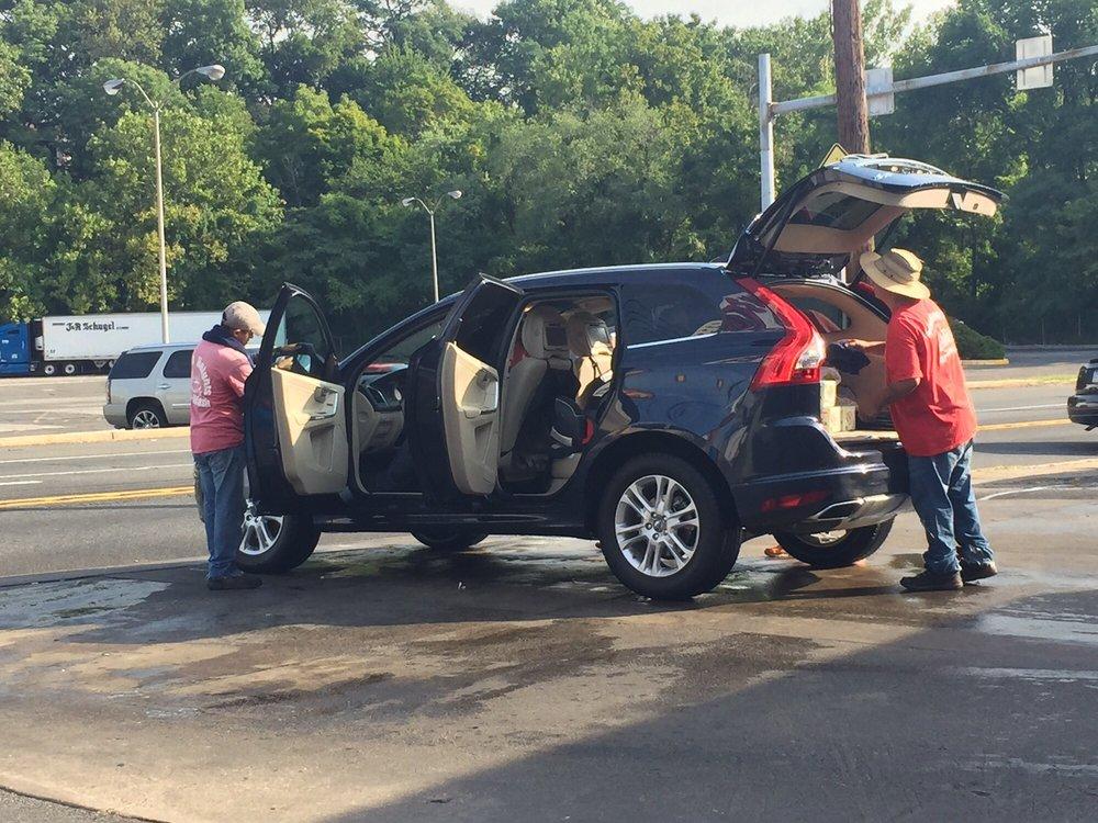 Clifton Heights Car Wash 11 Photos Amp 16 Reviews Car Wash 600 E Baltimore Ave Clifton