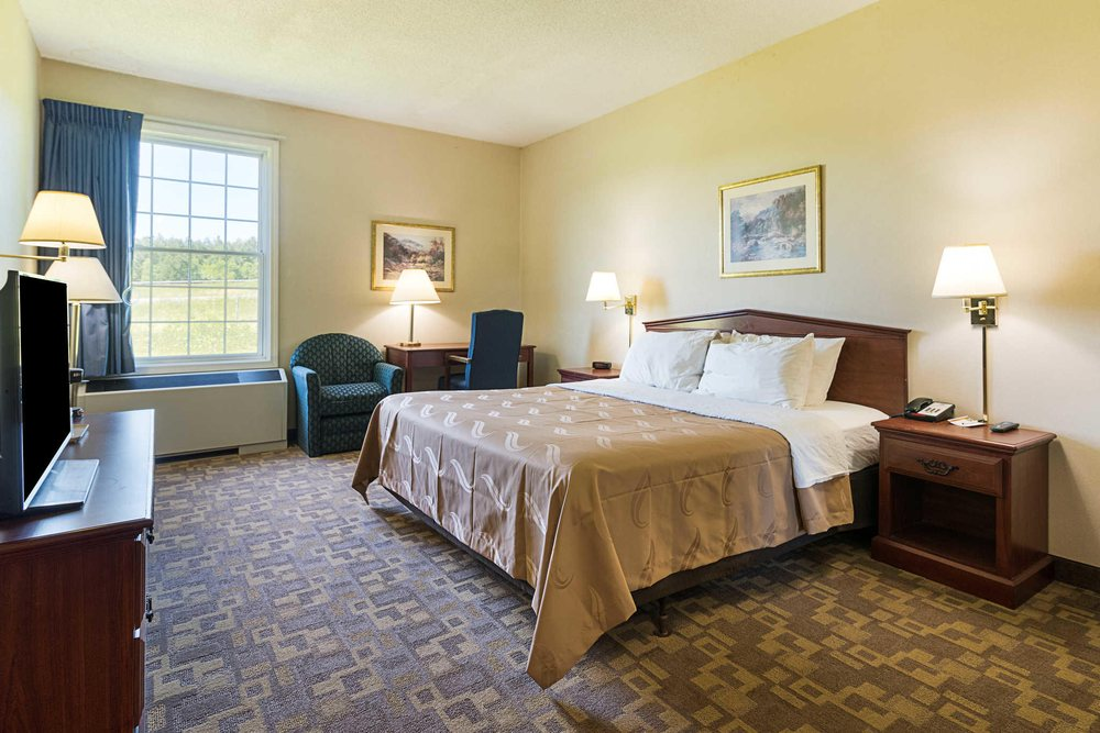 Quality Inn & Suites: 160 Holiday Way, Schoharie, NY