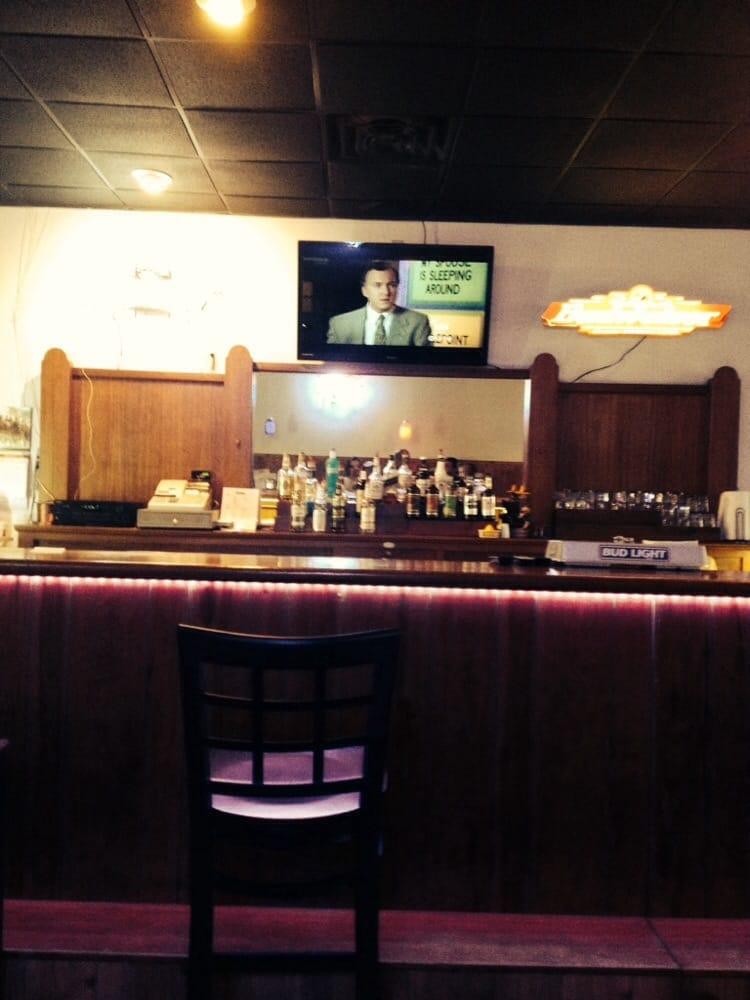 Misty's Restaurant: 140 Main St, Moville, IA