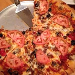 Photo of pizza plaza restaurante anchorage ak united states yummy