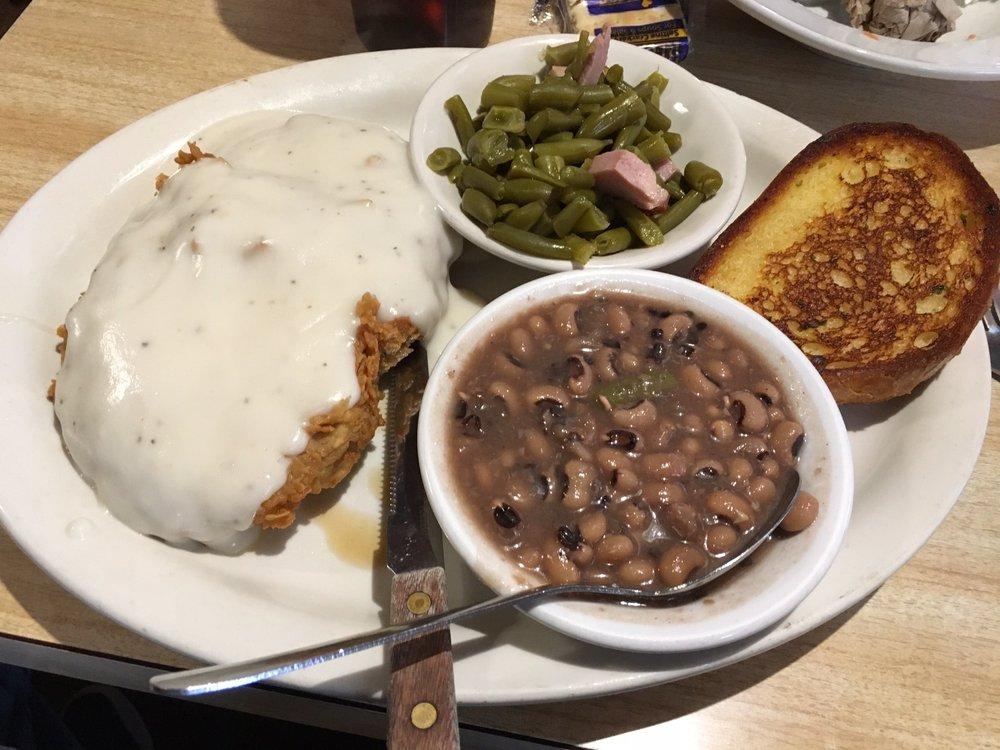 Cattleman's Cafe: 120 W James St, Blue Ridge, TX