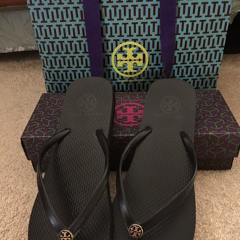 Tory burch fashion valley 11