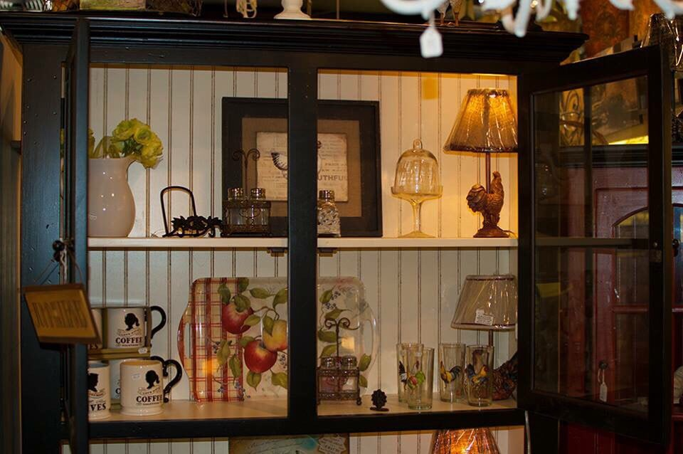 Wooden Heart Cottage Collection: 1867 Wantagh Ave, Wantagh, NY
