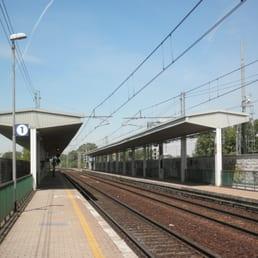 San donato milanese fs stazioni ferroviarie piazza for Arredamenti ballabio san donato milanese