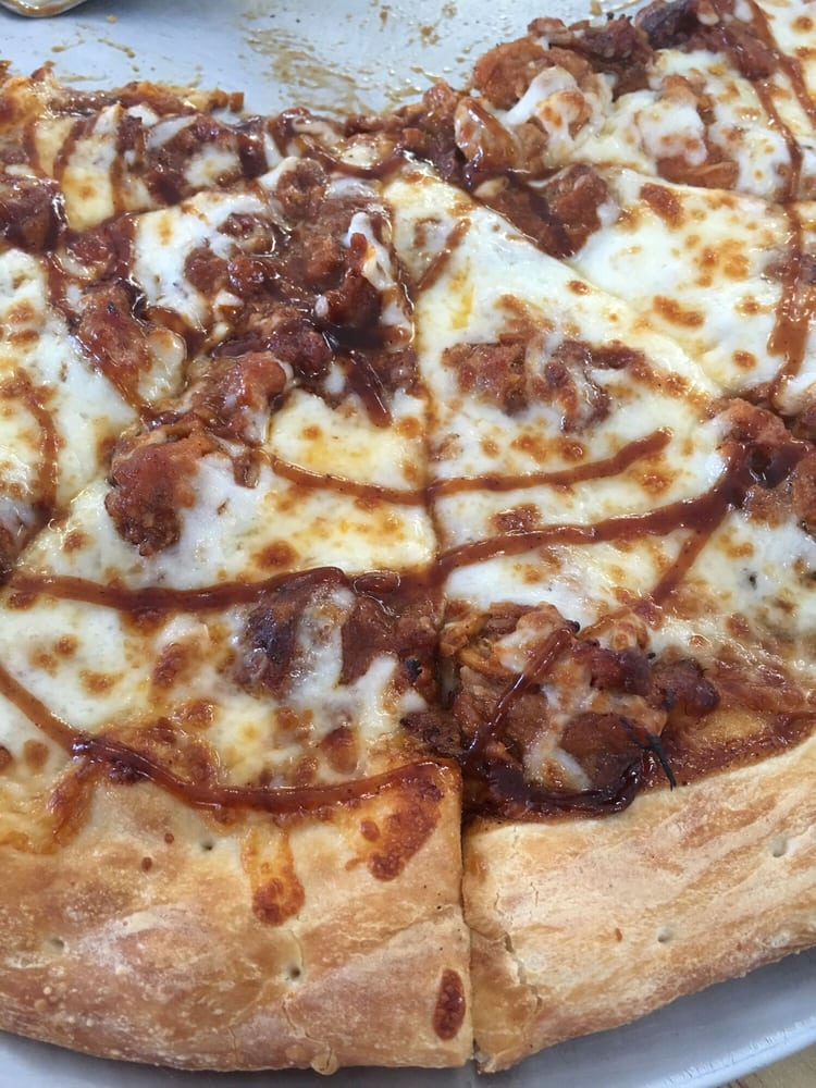 Whistle Stop Pizza: 502 W Boone St, Ash Grove, MO
