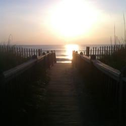 Photo Of Nags Head Beach Inn Nc United States Walkway