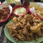 Jerry s catfish house no 2 19 foto e 24 recensioni for Jerry s fish house florence ms