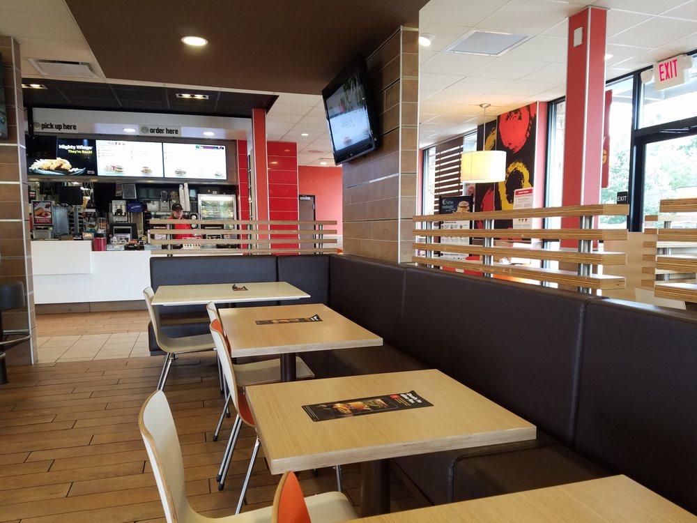 McDonald's: 1607 S Adams St, Fulton, MS
