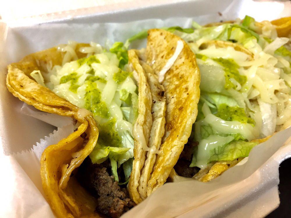 Nina's Taco Shop: 122 E Page St, Sycamore, IL