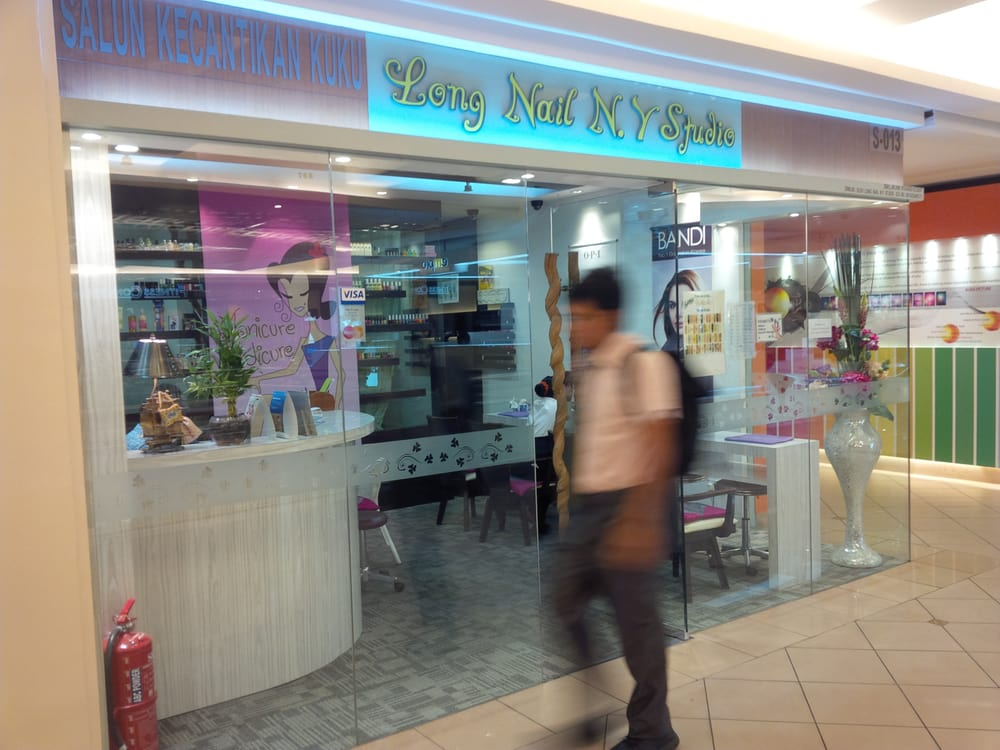 Long nail ny studio nail salons s 013 second floor for 76 salon mid valley
