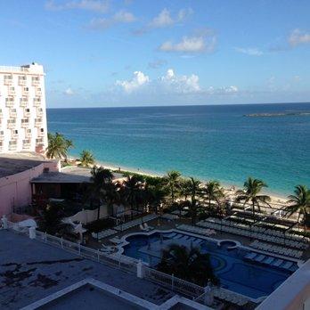Riu Palace Paradise Island - 34 Photos & 10 Reviews - Resorts