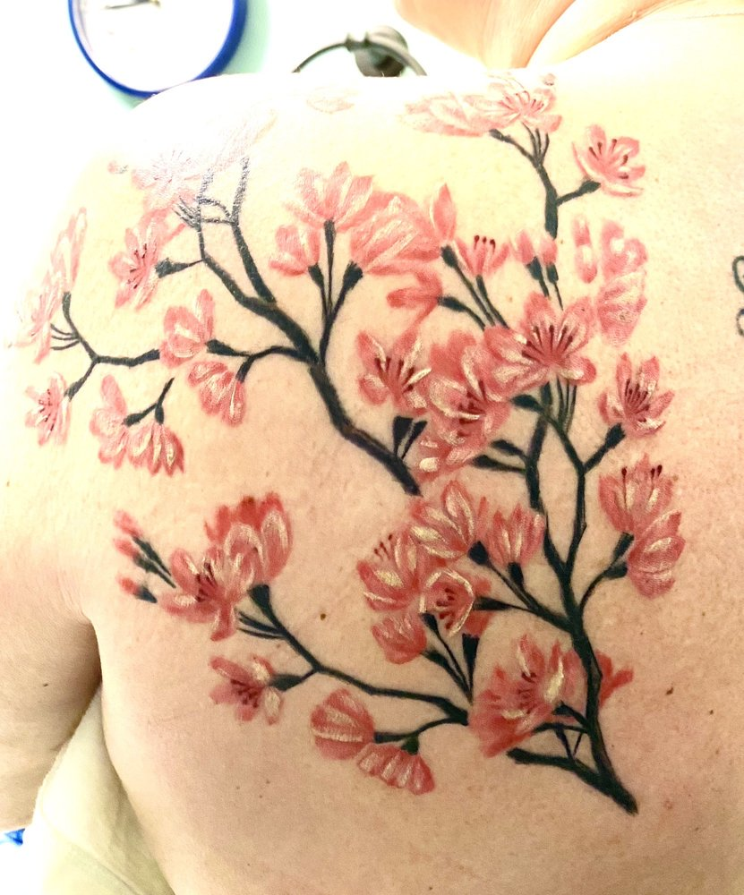 Capones Tattoo Parlor: 6412 W Wilkinson Blvd, Belmont, NC
