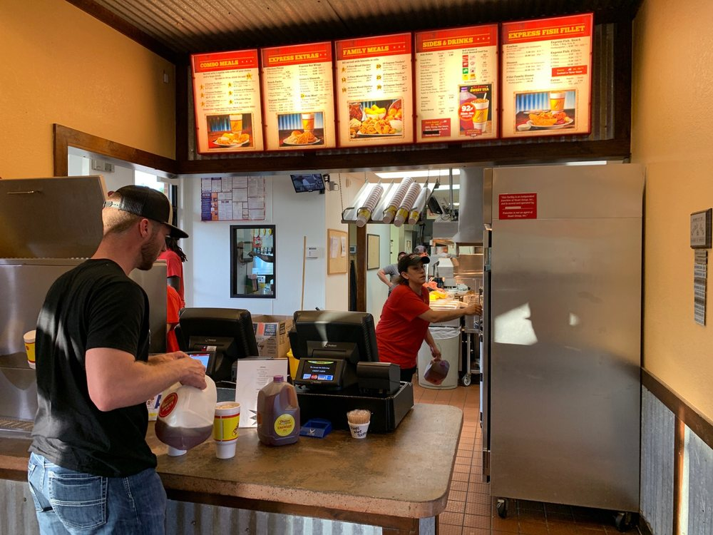 Chicken Express: 2204 S Main St, Lindale, TX