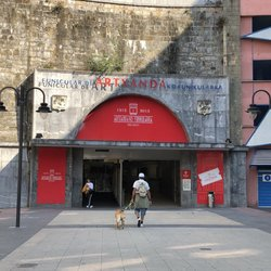 Estación del funicular Plaza del Doctor Andreu