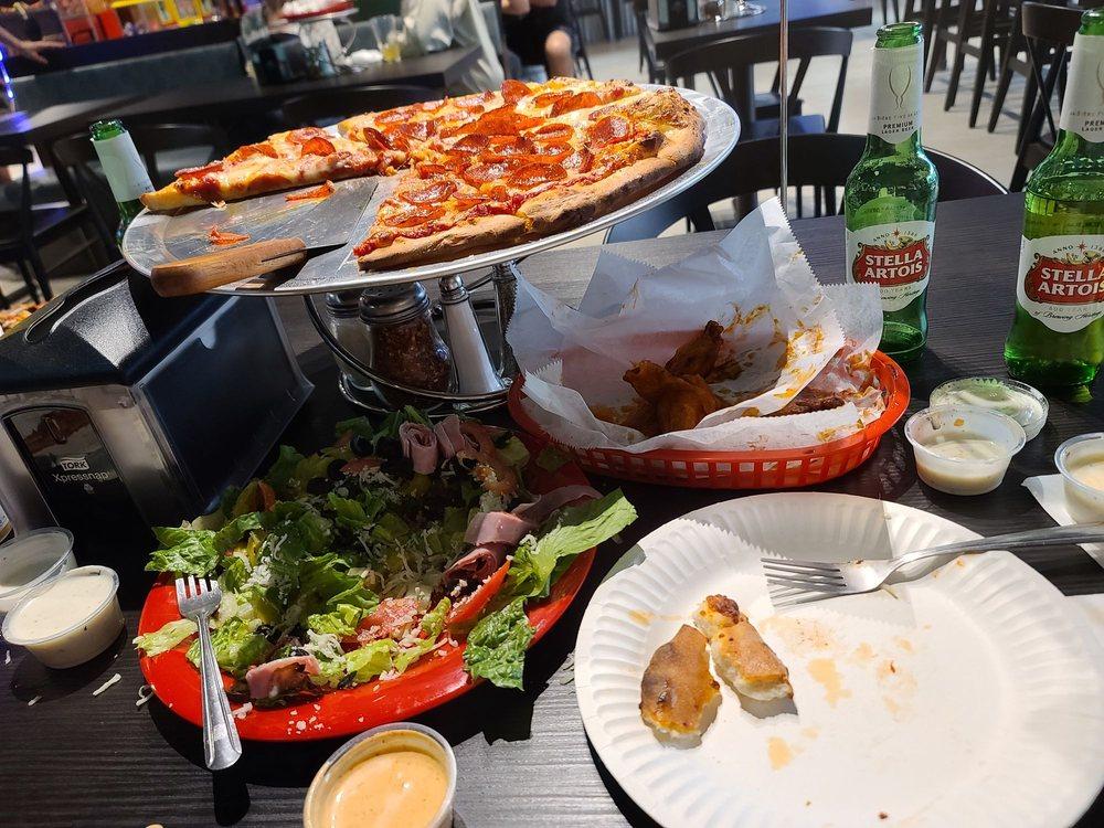 OC Pizza - Mission Viejo: 25102 Marguerite Pkwy, Mission Viejo, CA
