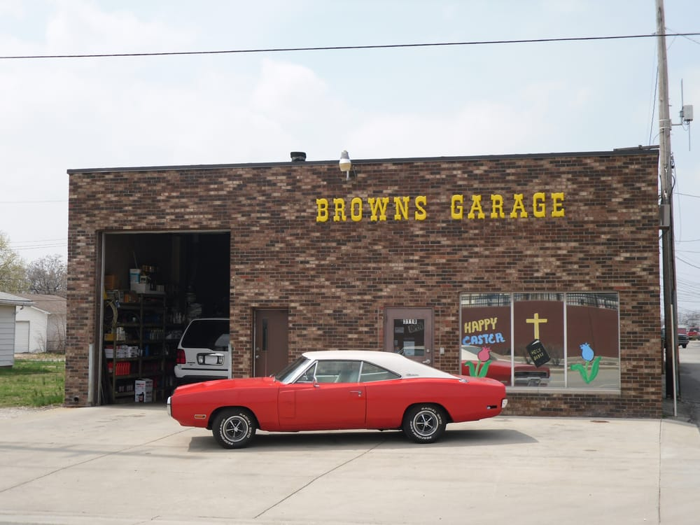 Brown's Garage Inc: 3110 S Emerson Ave, Beech Grove, IN