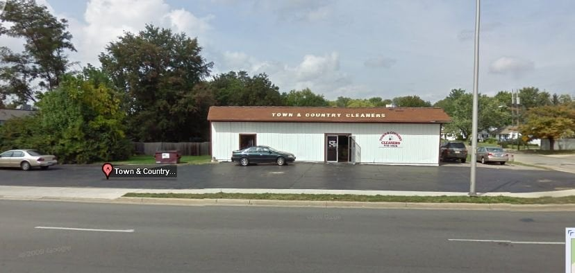 Town & Country Dry Cleaners: 595 Columbus Ave, Lebanon, OH