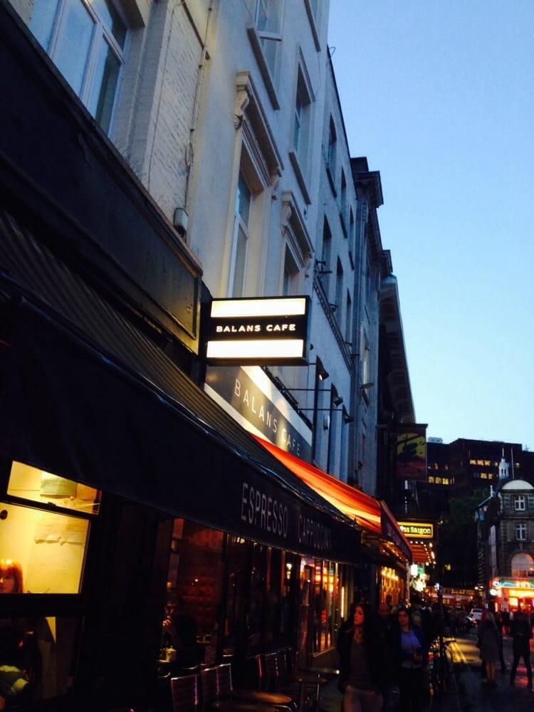Balans cafe 22 fotos e 34 avalia es caf s 34 old - Cyberdog london reino unido ...